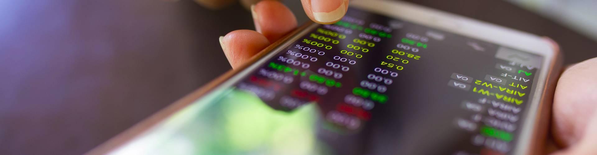 Acoustic attack lets hackers control smartphone sensor